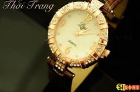 Đồng hồ đeo tay đính hạt pha lê, phụ kiện thời sành điệu cho các bạn gái. Quà tặng Giáng Sinh đầy ý nghĩa chỉ 95.000 đồng