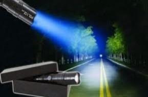 Siêu sáng, siêu nhỏ gọn, siêu tiết kiệm năng lượng với đèn pin Police 3W.