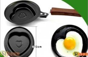 Vào bếp với niềm vui mới từ Chảo ốp la chống dính hình trái tim xinh xắn. Cho bạn thêm yêu thích công việc bếp núc chỉ với 48.000đ