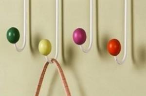 Móc treo đồ cỏ 4 lá Hàn Quốc với kiểu dáng thanh tú, màu sắc bắt mắt, độ tiện lợi cao, giúp tô điểm và tiết kiệm diện tích không gian nhà bạn. - Gia Dụng