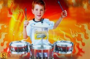 Giúp bé làm quen với âm nhạc, phát triển tâm hồn và trí tuệ, khả năng tự duy sáng tạo cùng Trống Jazz Drum trọn bộ gồm 1 trống cái, 2 trống nhỏ, 1 chập chả và 2 dùi trống; thiết kế nhỏ gọn dễ lắp ráp chỉ với 99.000đ