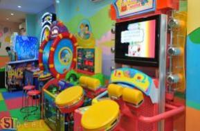 Cùng bé yêu thỏa sức sáng tạo, vui chơi, kết bạn với những trò chơi trí tuệ, giải trí bổ ích tại khu vui chơi Gogoland. Phiếu 39.000đ cho 3 lượt vào cổng, giá tiết kiệm lớn duy nhất chỉ có