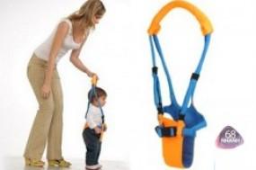 Cùng bé chập chững những bước đi đầu tiên với đai tập đi Baby Care