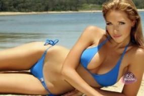 Cùng chào đón mùa hè sôi động với Bikini 2 mảnh nhiều màu sắc và quyến rũ