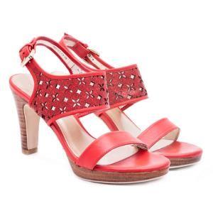 Giày cao gót nữ Gosto GDW012700REG (Đỏ)