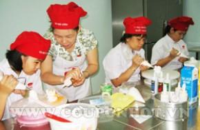 Nhóm Mua Khóa Học Trang Trí Bánh Kem Sơ Cấp