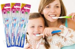 Combo 3 Lốc Bàn Chải Đánh Răng Jaga (6 bàn chải răng người lớn + 3 bàn chải trẻ em):