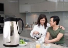 Hà Nội - Hai Bà Trưng: Giảm giá 59% - Ấm siêu tốc 2 lớp ủ nhiệt Happycall