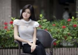 TP. HCM - Tân Bình: Giảm giá 42% - Áo ren tay bèo