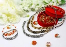 Hà Nội - Hai Bà Trưng: Giảm giá 56% - Bộ vòng tay, vòng cổ pha lê