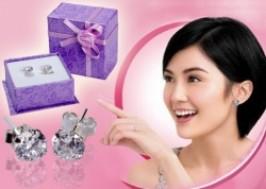 Hà Nội - Hoàn Kiếm: Giảm giá 50% - Bông tai trang sức bằng bạc đính đá lấp lánh