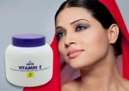 Hà Nội - Cầu Giấy: Giảm giá 54% - Kem dưỡng ẩm bổ sung VITAMIN E cho da ARON