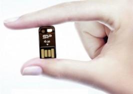 Hà Nội - Hai Bà Trưng: Giảm giá 52% - USB Silicon Power Touch T02 4GB