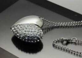Hà Nội - Cầu Giấy: Giảm giá 44% - USB 4G trái tim pha lê