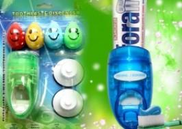 TP. HCM - Tân Bình: Giảm giá 31% - Bộ giá treo bàn chải đánh răng