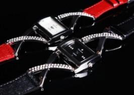 Hà Nội - Hai Bà Trưng: Giảm giá 47% - Đồng hồ đính đá Fortune