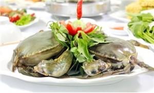 Set ăn hải sản và lẩu cua biển kim chi chua cay (04 - 06 người)