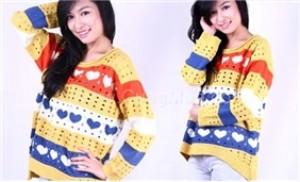 Áo len form dài họa tiết trái tim xinh xắn cho bạn gái