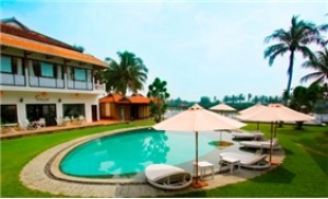 Phòng Deluxe Double 2N1Đ/2 người - River Beach Resort 4 Sao (Hội An)