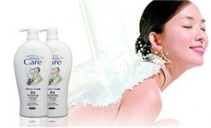 Bộ 02 chai sữa tắm dê White Care 8X (1150ml/ chai) cho da trắng mịn - 1 - Sữa Tắm