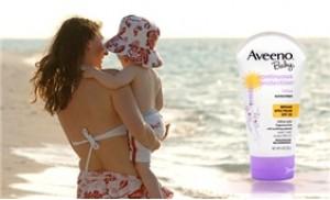 Bảo vệ bé khỏi tác hại của tia UVA/UVB với Kem chống nắng Aveeno Baby