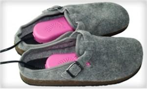 Máy sấy giày - Chống ẩm mốc & khử mùi hôi cho giày