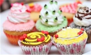 Hộp 9 bánh cupcake - Love Cake