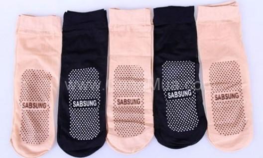 Bảo vệ chân & xoa dịu nhức mỏi với Combo 05 đôi vớ massage - 3 - Thời Trang và Phụ Kiện