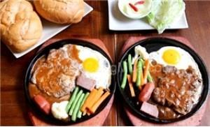 2 phần bít tết đà điểu cho 2 người tại Café - Retaurant Kaffeestube