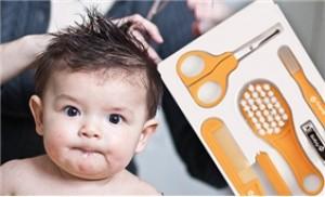Bộ dụng cụ vệ sinh đa năng 14 món cho bé, thương hiệu Safety 1st USA