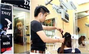 Gói dịch vụ Cắt - Uốn bằng máy tại Duy Hair Salon