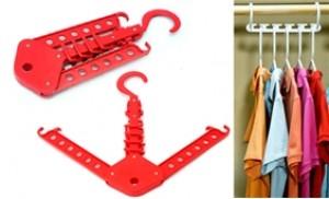 Tiết kiệm diện tích tủ quần áo với 02 Móc treo quần áo thông minh