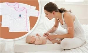 5 áo cho bé sơ sinh (size 3, 6, 9) dành cho bé từ 0 đến 06 tháng tuổi