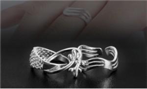 Ngón tay lấp lánh nổi bật với nhẫn bạc cao cấp 92.5 degin Hàn Quốc