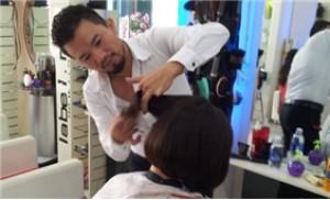 Thay đổi kiểu tóc để luôn mới mẻ và cá tính tại Hair Salon Hoàng Tiến
