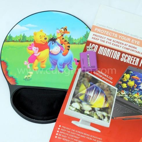Bộ sản phẩm đầu đọc thẻ, lót chuột và tấm dán màn hình 14.1 inch
