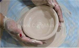 Combo 1 - 2 người nặn + vẽ gốm (mang sp về) tại Bát Tràng Moment
