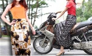 Tự tin diện váy ngắn xuống phố với váy chống nắng satin - 1 - Thời Trang và Phụ Kiện