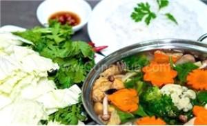Thưởng thức lẩu chay hai người tại nhà hàng Chay Yêu Thương