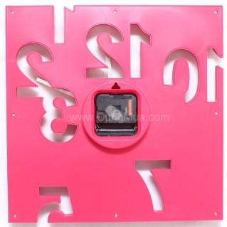 Đồng hồ treo tường thiết kế 3D cho ngôi nhà bạn đa sắc sinh động
