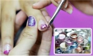 Dịch vụ làm NAIL tạo kiểu cho cả móng chân và móng tay