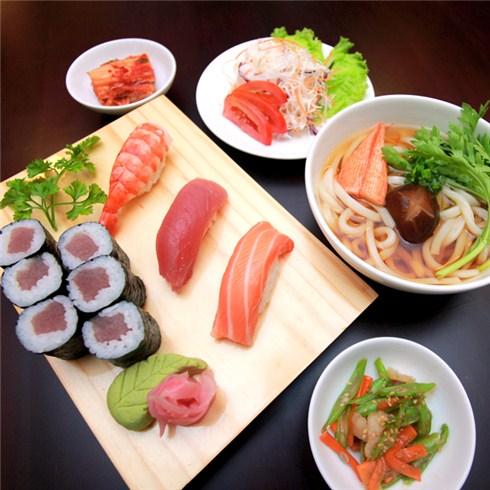 Cùng Mua - Set an mon Nhat hap dan cho 1 nguoi tai Nha hang Hanami Sushi