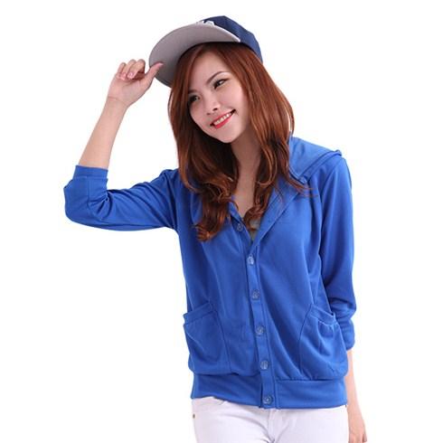 Áo khoác nữ có nón gài nút xu hướng hot trend