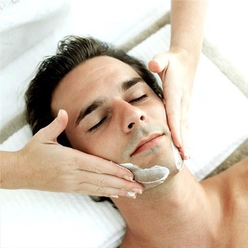 Tẩy tế bào chết, massage chân, tắm trắng dành cho nam - Emvy Spa