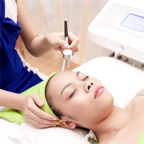 Trẻ hóa da bằng máy phun Oxyjet - TMV Ngọc Thu (Không nhận TIP)