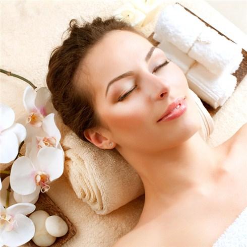 Xông hơi+Tẩy tế bào chết+Massage+dưỡng trắng-Spa Hoàng Phương