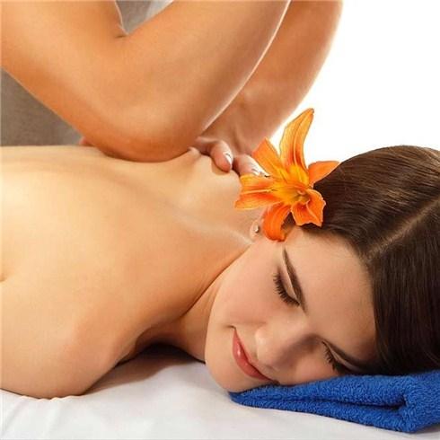 Massage đá nóng &tinh dầu dừa, tẩy tế bào chết, gội đầu An An spa