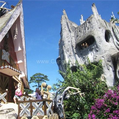 Tour khám phá ngôi nhà gốc cây (Crazyhouse) Đà Lạt 1 ngày