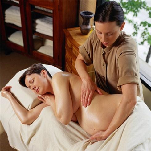 Massage cho bà bầu Tại Monica Spa