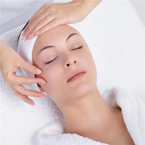 6 gói dịch vụ chăm sóc da và massage tại Swissderm B&L Spa